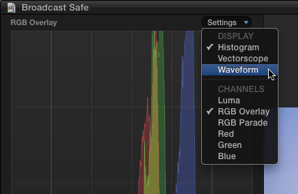 Selecting the Waveform scope in FCP X